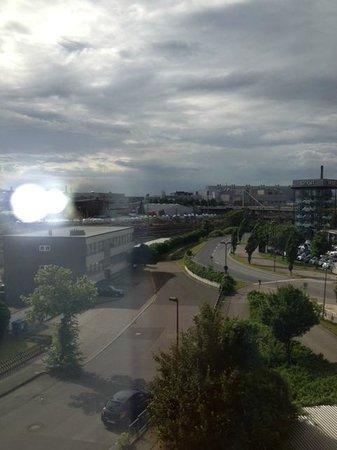 Holiday Inn Express Düsseldorf - City North: uitzicht kamer