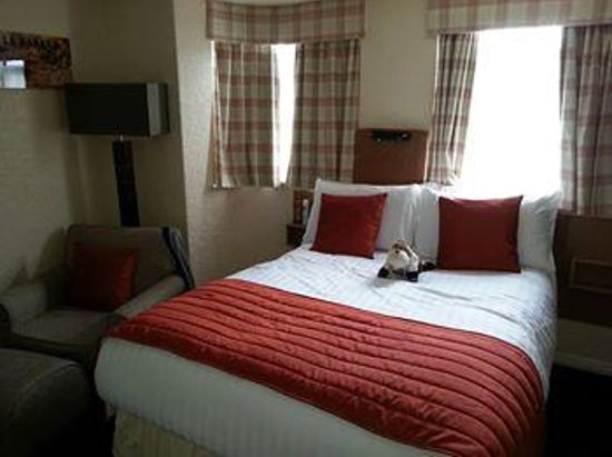 Clifton Court Hotel : bedroom