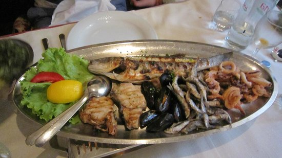 Konoba Varos: Fish platter for two (vegetables not shown)