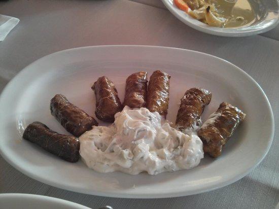 Marina Seafood : dolmades