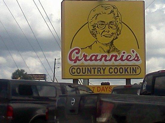 Grannie's Restaurant : Grannie's Country Cookin'