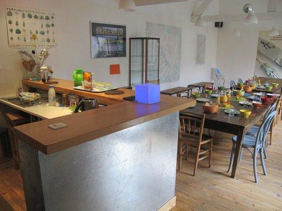 Le Gite de Laguiole : cuisine et salle à manger