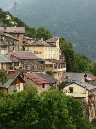 Auberge Le Robur : le village