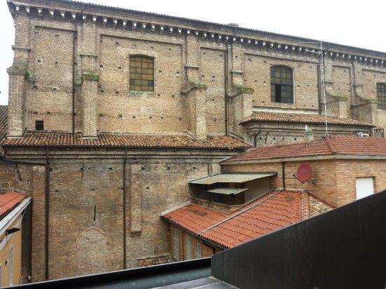 Hotel Centrale Byron: dalla finestra della nostra stanza, chiesa di s. Domenico