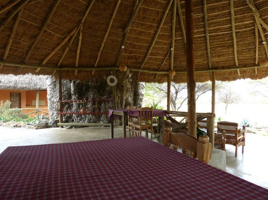 Ol Mesera Tented Camp: Common dining and sitting area