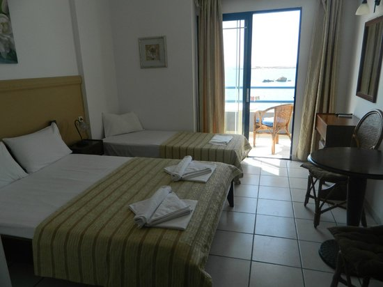 다나오스 호텔 사진