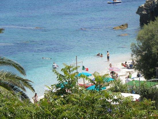 Residence Capo Bianco filce : vista della spiaggia dal residence