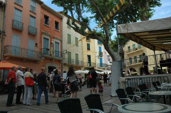 Le Relais Des Chartreuses : Town of Collioure