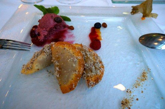 Hotel Ambassador: AMAZING Dessert