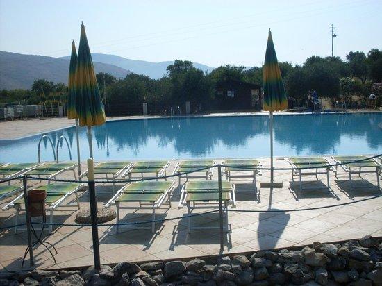 Villa Zina Park Hotel: Panoramica piscina