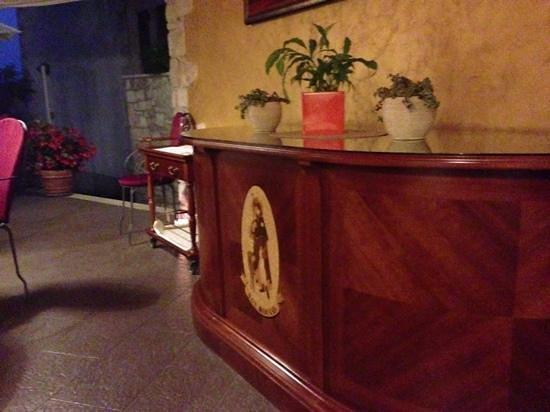 San Rocco Hotel and Restaurant: divancic