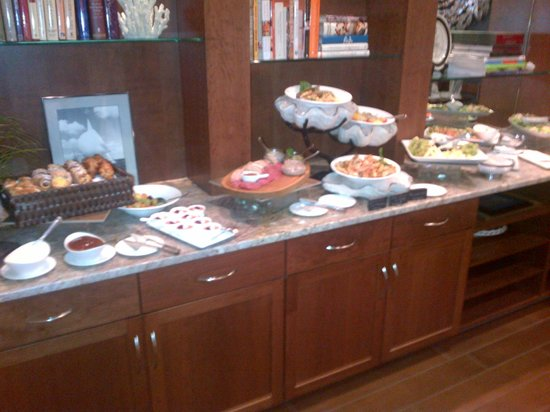 Waypoint Seafood and Grill: Sunday Brunch Buffet