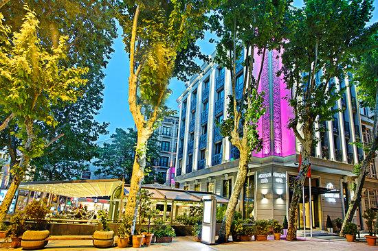 Pierre Loti Hotel: Exterior