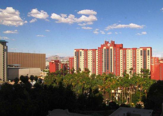 Vista Da Piscina Picture Of Flamingo Las Vegas Hotel