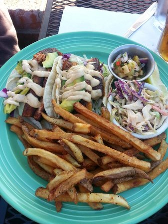 Fresco Valley Cafe: Blackened Salmon Two-Taco Plate Special