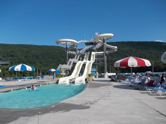 DelGrosso's Amusement Park: water silides