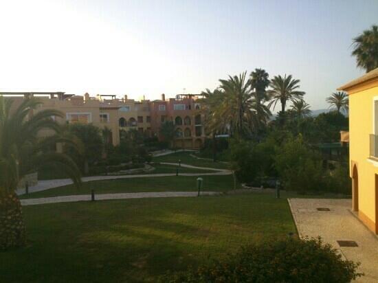 Jardim da Meia Praia : vistas desde habitacion