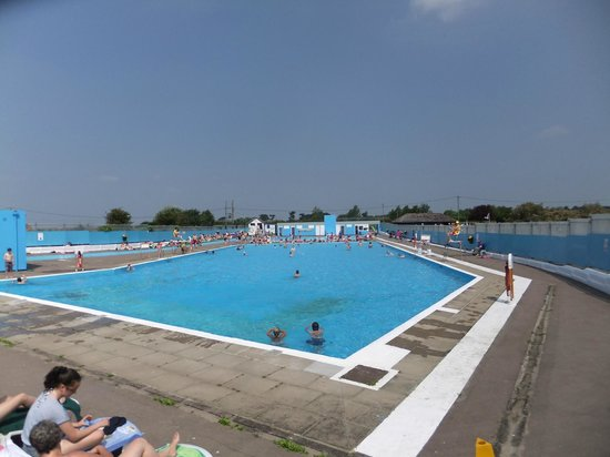 Brightlingsea, UK: The big pool