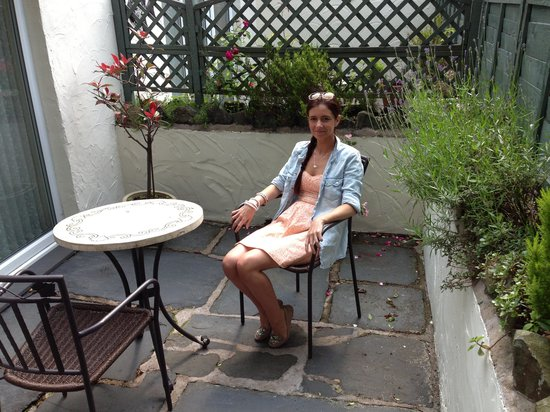 The Ravensworth: Our little patio