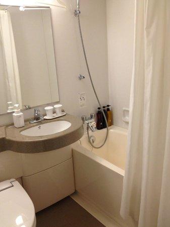 Hotel Sunroute Plaza Shinjuku: Banheiro