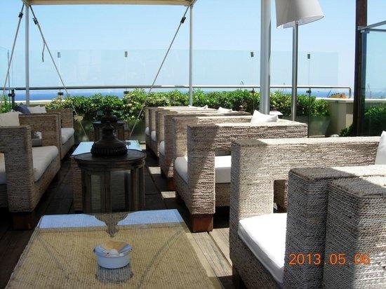 GDM Megaron Hotel: Rooftop Patio