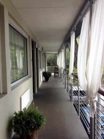 City Loft Hotel : outside the hotel room