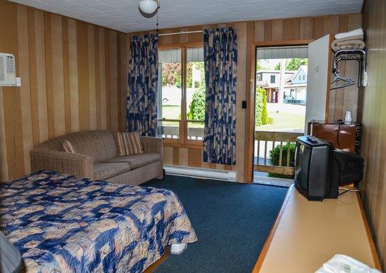 Kit Wat Motel Restaurant & Marina: Room #20