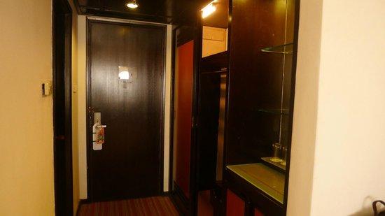 Bayview Hotel Melaka: closet