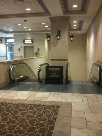 Harrah's New Orleans: Harrahs Hotel New Orleans - Underground Walkway to Casino