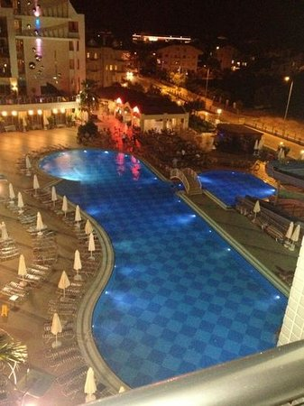 Grand Paşa Hotel: view from our room xx