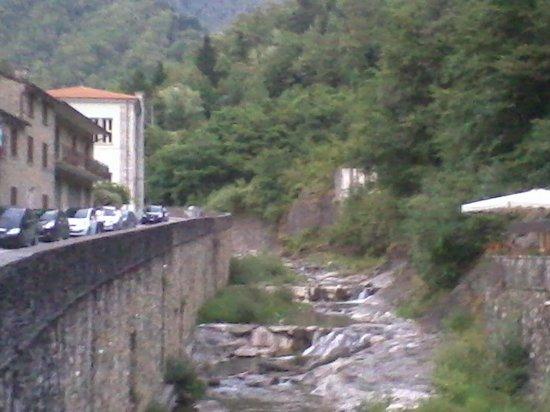Il Cardo: il fiume che passa sotto il ristorante