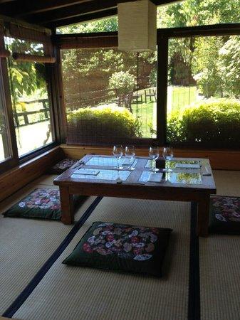 Fuente la Lloba: Tatami en el porche
