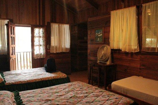 Hotel Perla Negra: La habitación