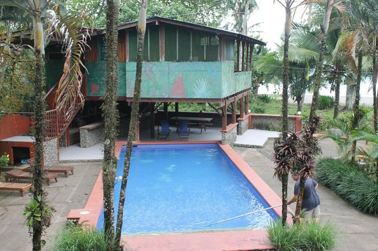 Hotel Rustico de Playa Perla Negra: Piscina