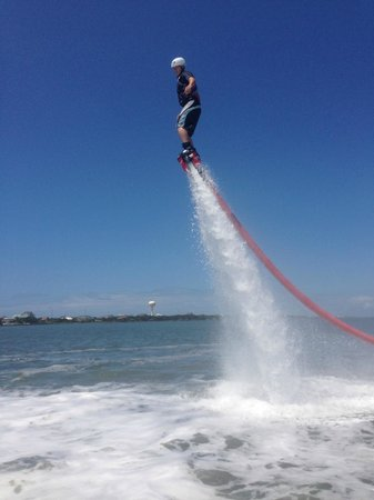 "Indian Beach, Carolina del Norte: H2O Sports Rentals ""FLYBOARD"""
