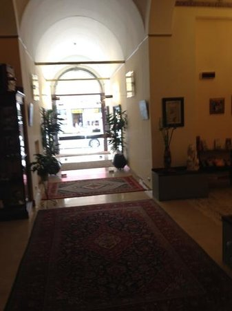 Vogue Hotel Arezzo: Lobby