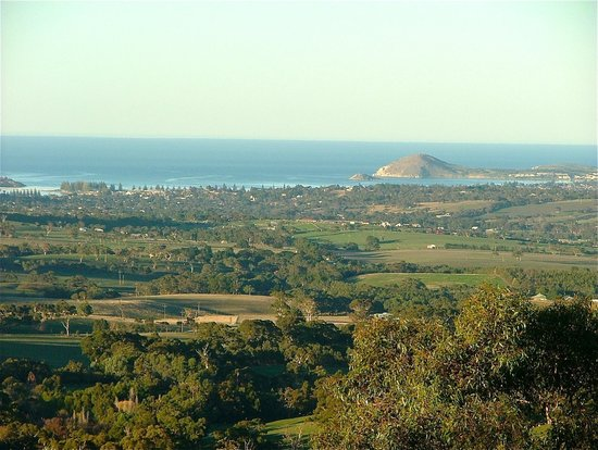 Seascape Retreat: Views to Victor Harbor