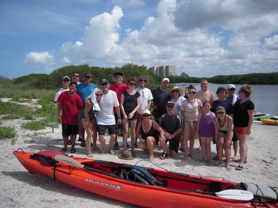 Siesta Key Bike and Kayak: 1/3 Simmons Reunion Crew - All Smiles - young and old
