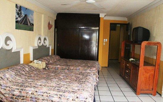 Hotel Suites Elia Noemi: Este cuarto les tocó, super bonito, amplio y cómodo