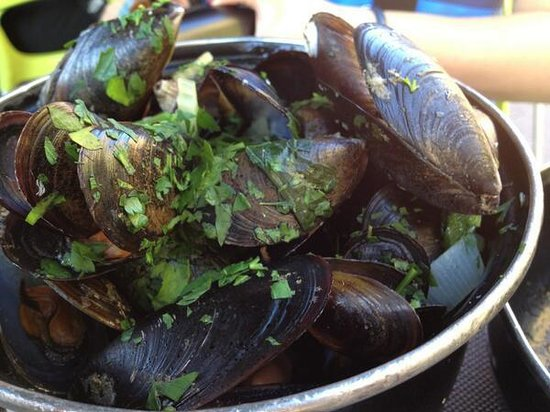 Atmosphere Cafe: mussels