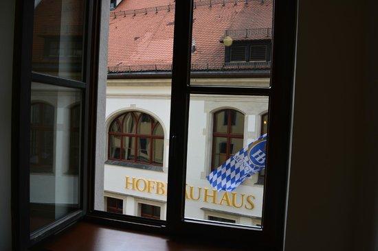 Platzl Hotel : view from hall window
