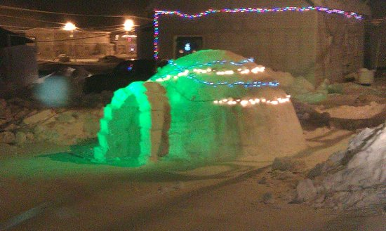 Barrow, AK: Winter fun- igloo