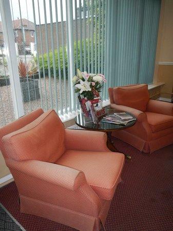 Altrincham Lodge: Lobby