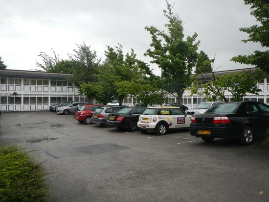 Altrincham Lodge: Plenty of Parking