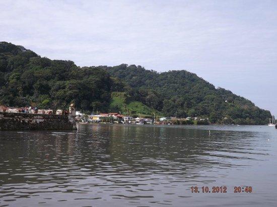 Portobelo National Park: Un fortin de la fortaleza vigilante de la entrada a la Bahia.