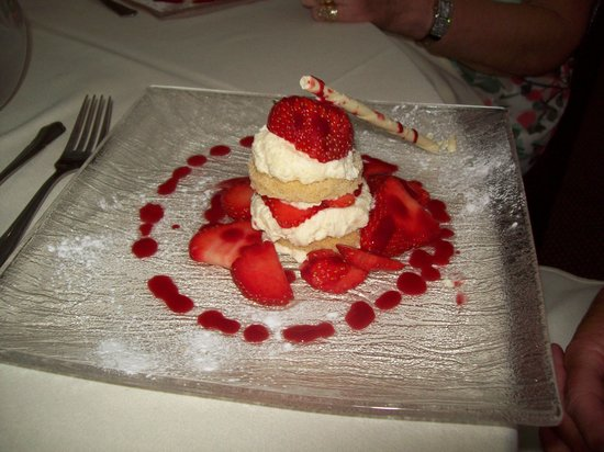 Best Western Dryfesdale Country House Hotel : A sample of one of the sweets.