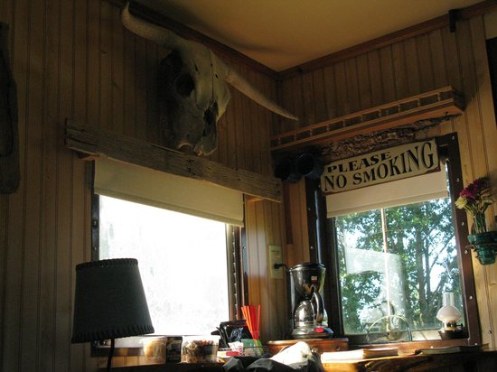 Red Caboose Getaway: Cool skull over the window