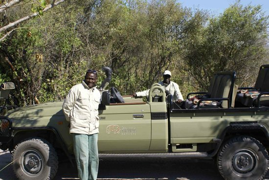 Lebala Camp - Kwando Safaris : Our guide & tracker