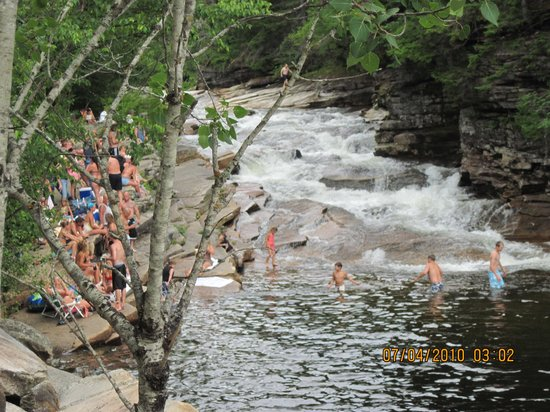 The Wayside Inn: Swimming Hole