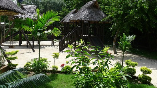 Changani Beach Cottages: Children's Play Area
